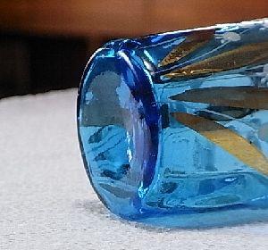 すずらんの青グラス